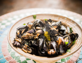 Mussels in a Green Thai Broth